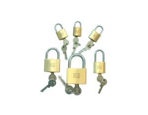 Brass Padlock-01