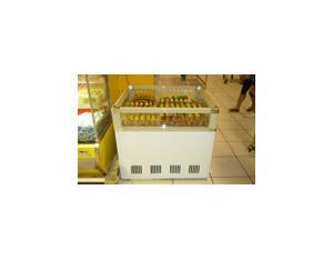 Refrigerator (132)