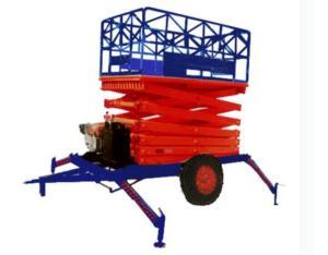 Two tractor hydraulic lift platform