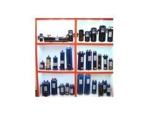 Dry filter cartridges