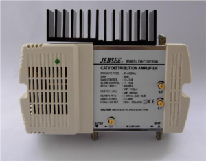 Distribution system amplifier