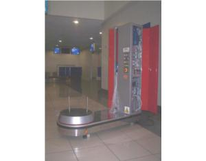 Automatic airport baggage packing machine