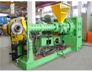 Pin-barrel cold feed rubber extruder