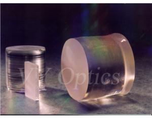 optical LiNbO3 crystal lens