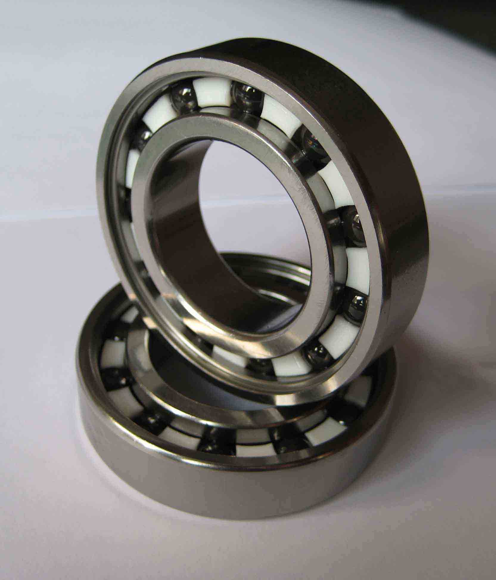 R1 Yamaha yzf1000R1 ecu flash, ceramic bearings Factory Pro