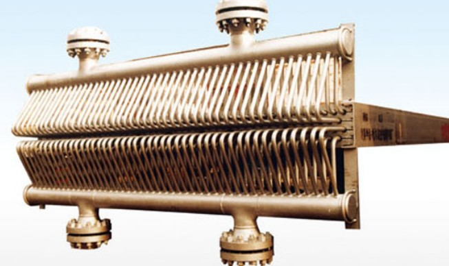 High Pressure Air Cooler : Manifold type high pressure air cooler tube bundle